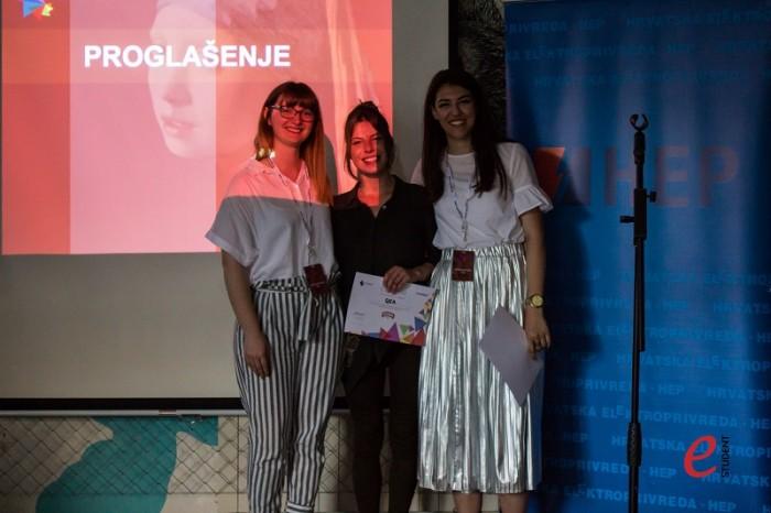 Zamjenica voditeljice Nives Dabić, pobjednica case-a Zagrebačke pivovare Martina Čingel i voditeljica natjecanja Jelena Mandić